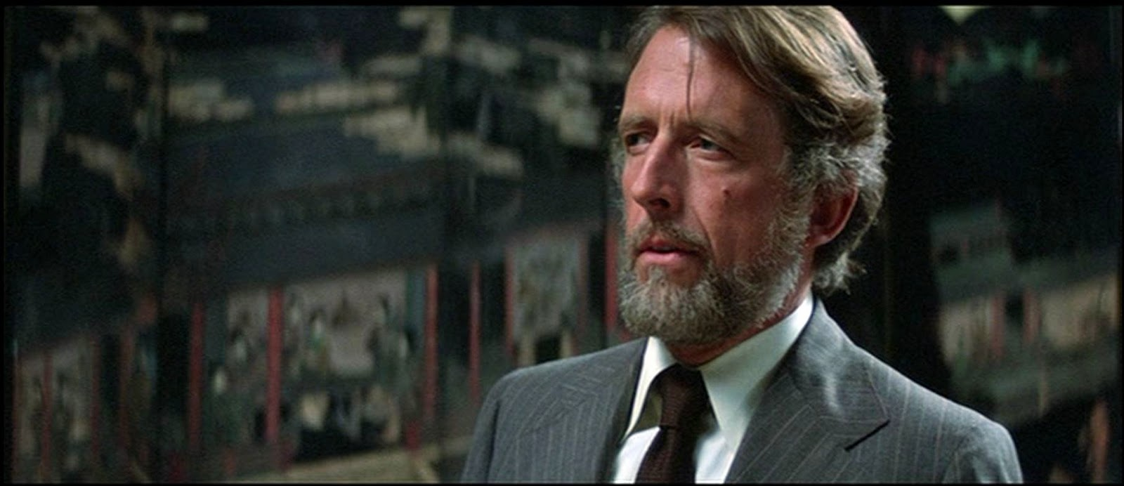 Fritz Weaver click to close