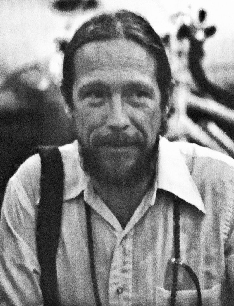 an introduction to the literature by an american poet gary snyder Gary snyder is an american poet (often associated with the beat generation and the san francisco renaissance), as well as an essayist, lecturer, and.