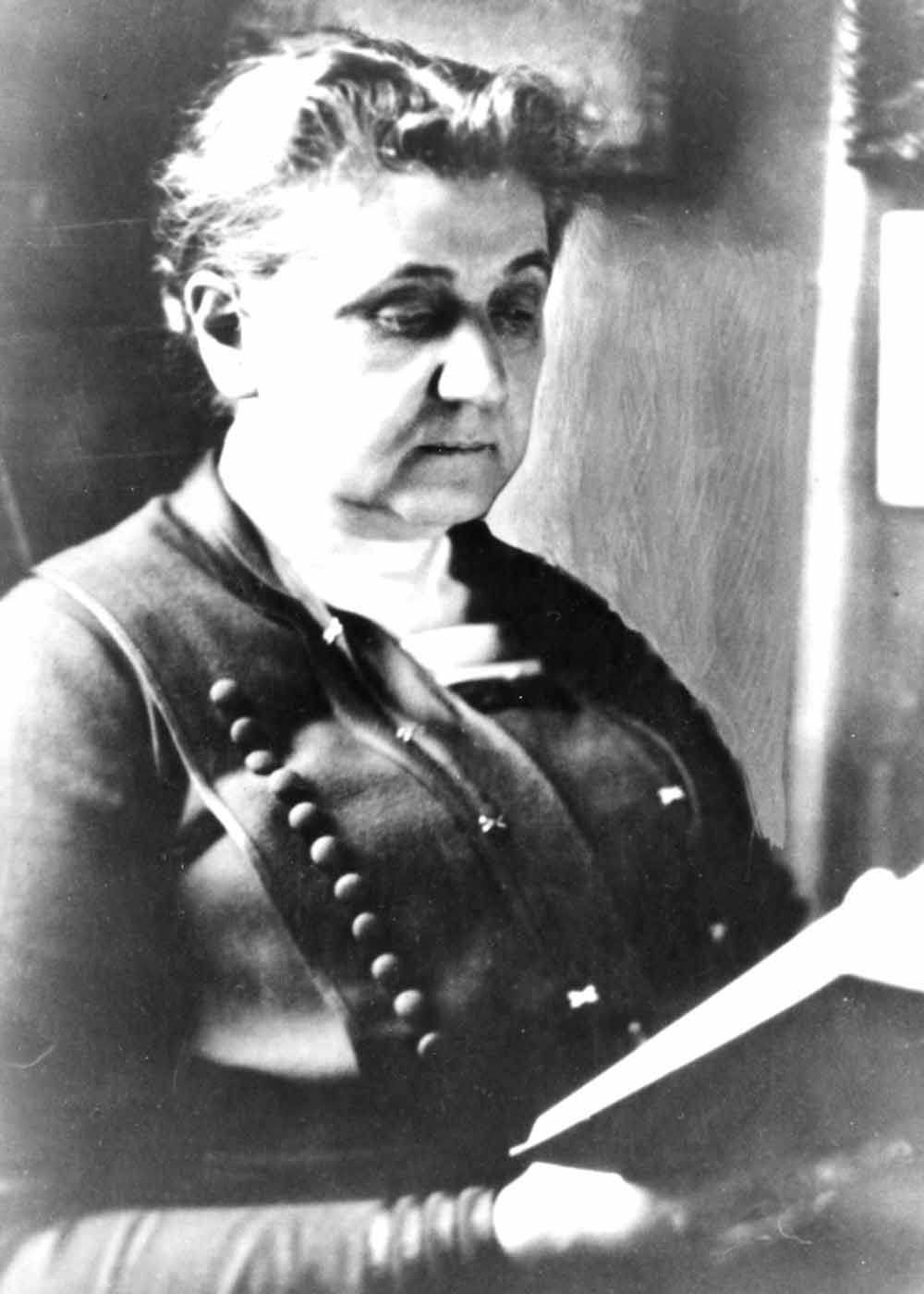 the life and accomplishments of jane addams When this congress later founded the organization called the women's international league for peace and freedom, jane addams served as president until 1929, as presiding officer of its six international conferences in those years, and as honorary president for the remainder of her life.