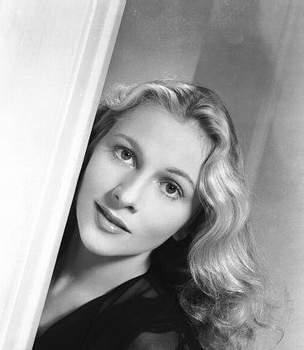 Joan Fontaine's quote #1