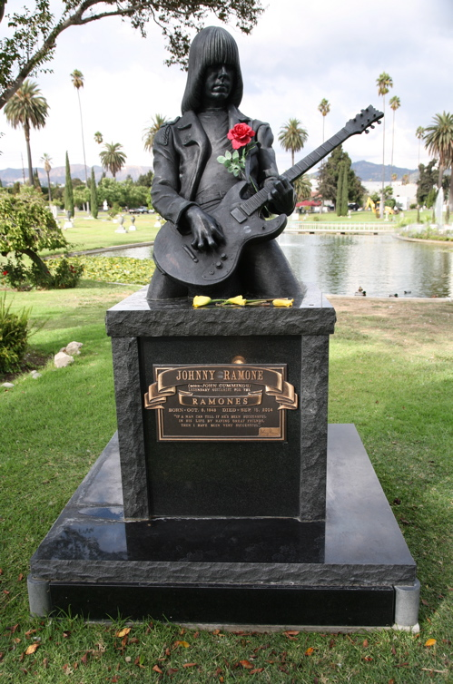 Johnny Ramone's quote #4