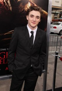 Kyle Gallner's quote #3