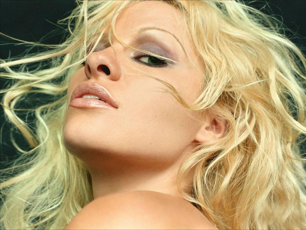 Pamela Anderson's quote #4