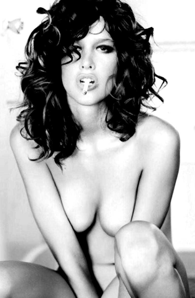 Paz de la huerta nude sex scene in the editor scandalplanet