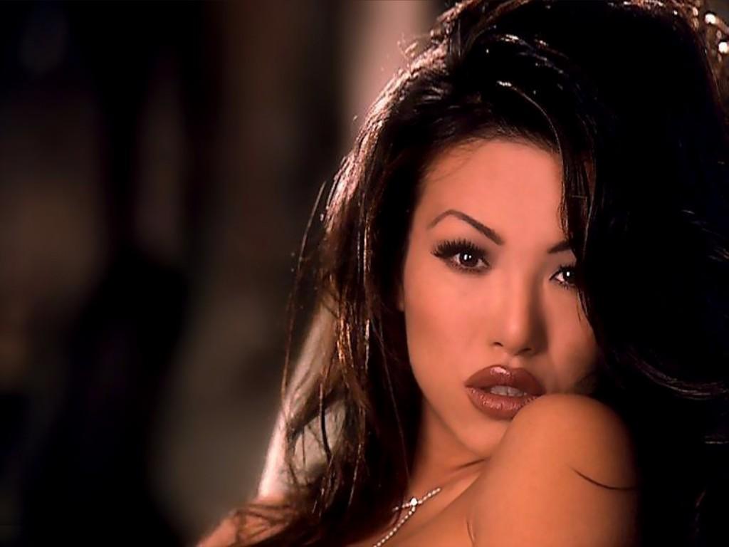 images Beauty Gonzalez (b. 1991)