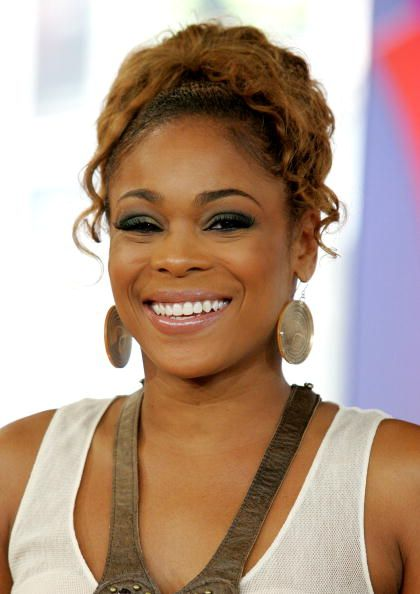a biography of tionne tenese watkins Tionne tenese watkins (born april 26, 1970), better known by her stage name t-boz, is an american singer, songwriter, model, dancer, actress, author, and executive producerborn in des moines, iowa, watkins rose to fame in the early 1990s as the lead singer of the girl-group tlcshe has won four grammy awards for her work with tlc.
