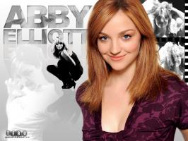 Abby Elliott profile photo