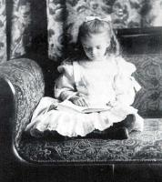 Alice Roosevelt Longworth profile photo