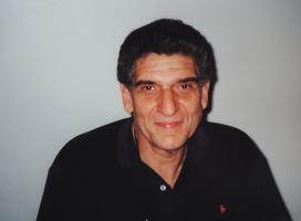 Andreas Katsulas profile photo