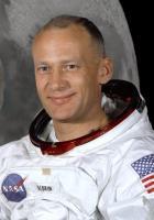 Buzz Aldrin profile photo