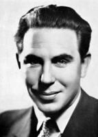Donald Wolfit profile photo