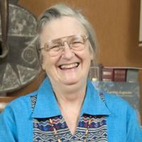 Elinor Ostrom profile photo