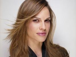 Hilary Swank profile photo