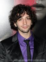 John Magaro profile photo