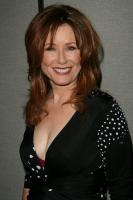Mary McDonnell profile photo