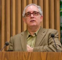 Mitchell Kapor profile photo