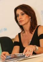Nadia Comaneci profile photo