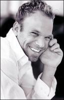 Norbert Leo Butz profile photo