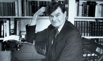 Paul Fussell profile photo