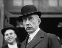 Roald Amundsen profile photo