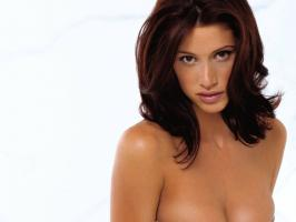 Shannon Elizabeth profile photo