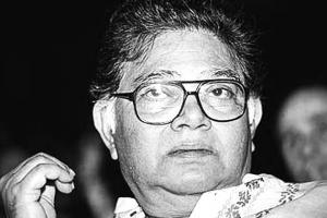 Sunil Gangopadhyay profile photo