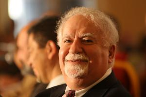 Vartan Gregorian profile photo