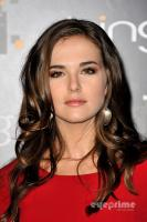 Zoey Deutch profile photo