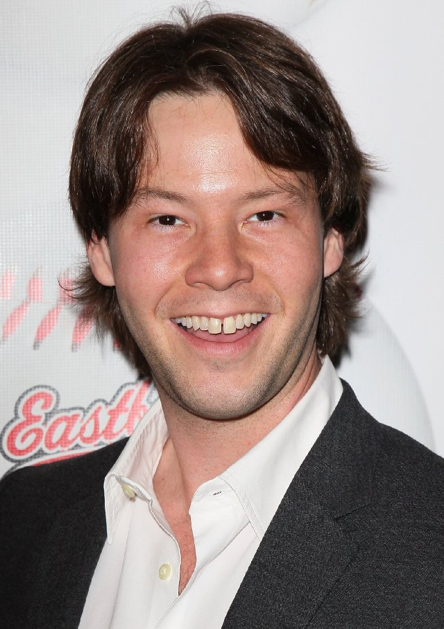 Ike Barinholtz injury will be written into the upcoming and final season of The Mindy Project