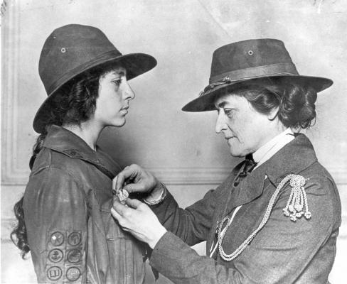 an introduction to the life of juliette low Tragic love: introducing shakespeare's romeo  of tragedy that you have experienced or seen in your life  readwritethink lessons to continue study.