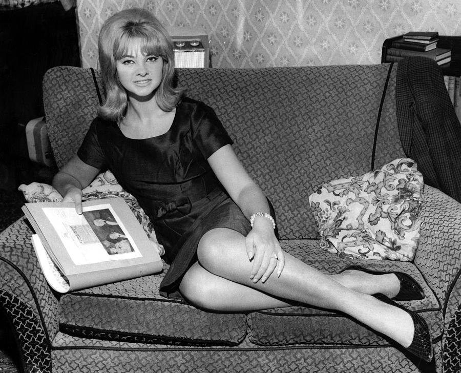 mandy rice davies biography mandy rice davies 39 s famous quotes sualci quotes. Black Bedroom Furniture Sets. Home Design Ideas