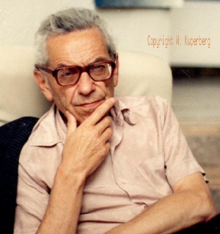 a biography of paul erdos a hungarian mathematician Documentary about paul erdos, a hungarian mathematician and a weirdo with the worst sense of humour ever it's completely uninformative, but it.
