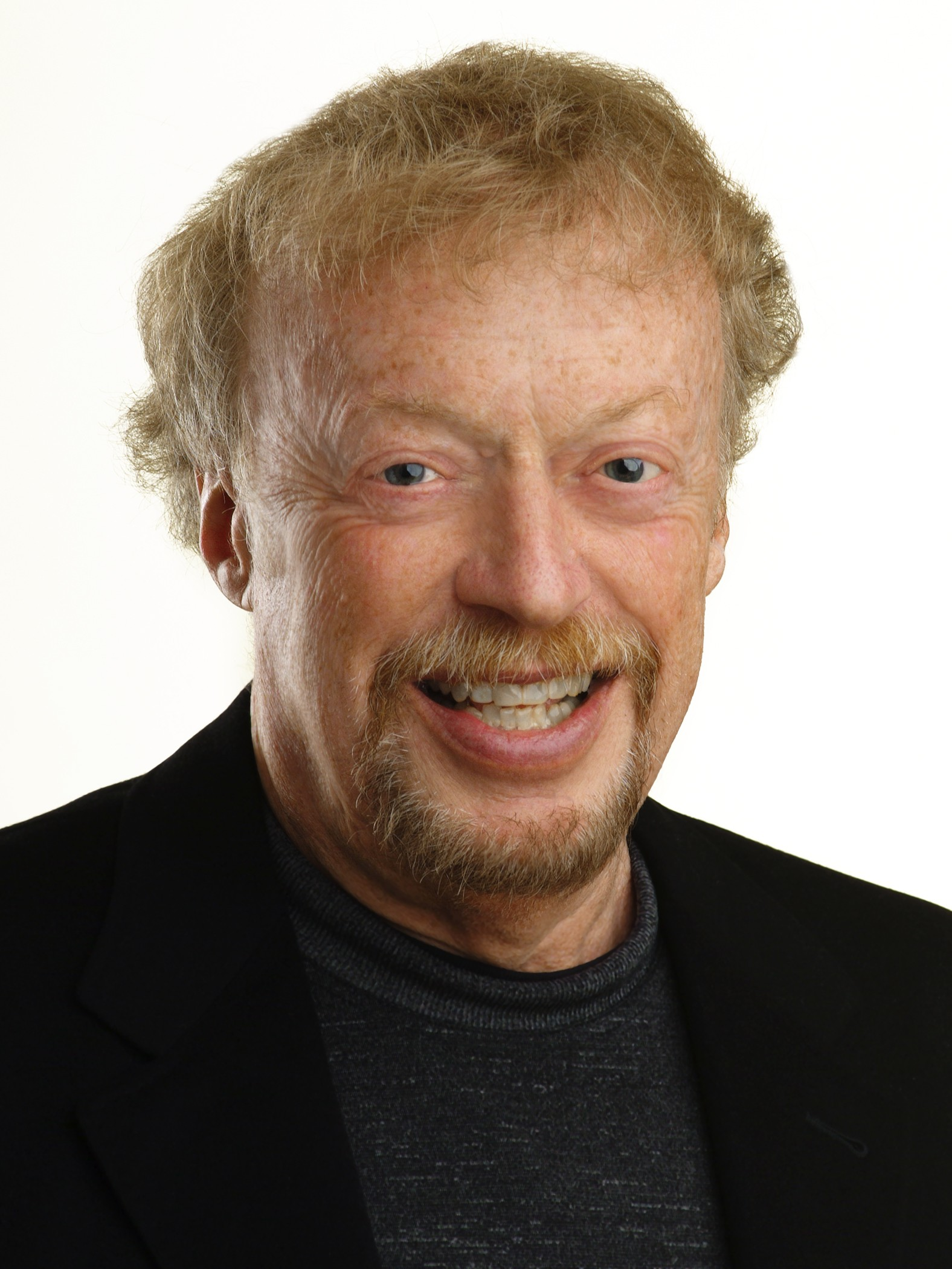 biography of phil knight Biography of phil knight in the year 1993, 'the sporting news' announced phil knight as the most powerful person of the year in.