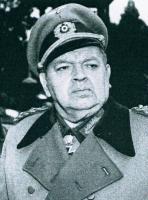Leon Askin