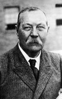 Arthur Conan Doyle profile photo