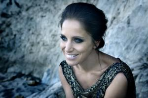 Chantal Kreviazuk profile photo