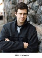 Christopher Paolini profile photo
