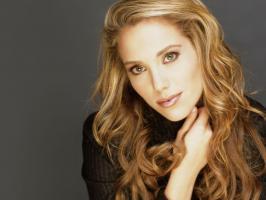 Elizabeth Berkley profile photo