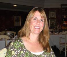 Elizabeth Kostova profile photo