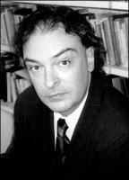 Enrique Vila-Matas profile photo