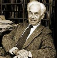 Ernst Mayr profile photo