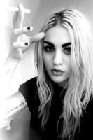 Frances Bean Cobain profile photo