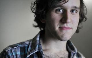 Harry Melling profile photo