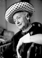 Hedda Hopper profile photo