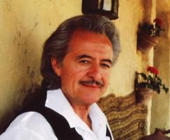 Henry Darrow profile photo