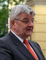Joschka Fischer profile photo