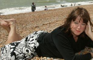 Julie Burchill profile photo