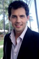Kristoffer Polaha profile photo