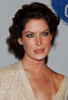 Lara Flynn Boyle profile photo