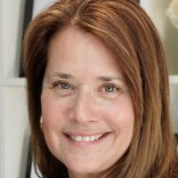 Lorraine Bracco profile photo